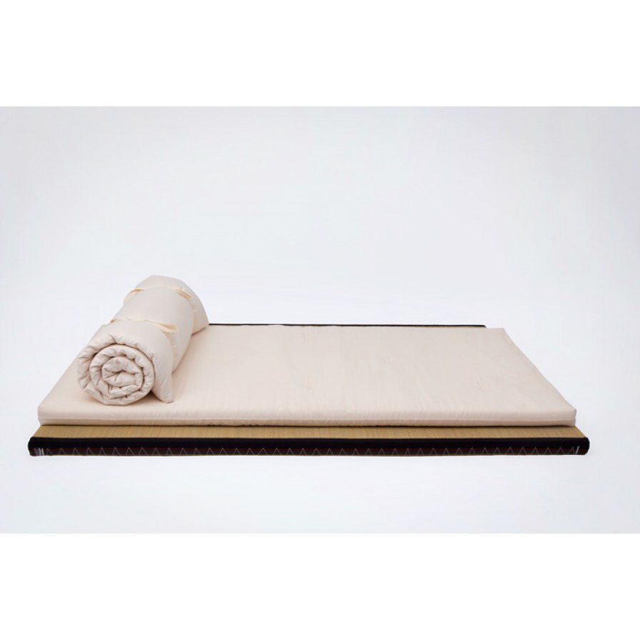 Tunn ull futonmadrass i valfri storlek från Tyska futonwerk (100% ekologisk)