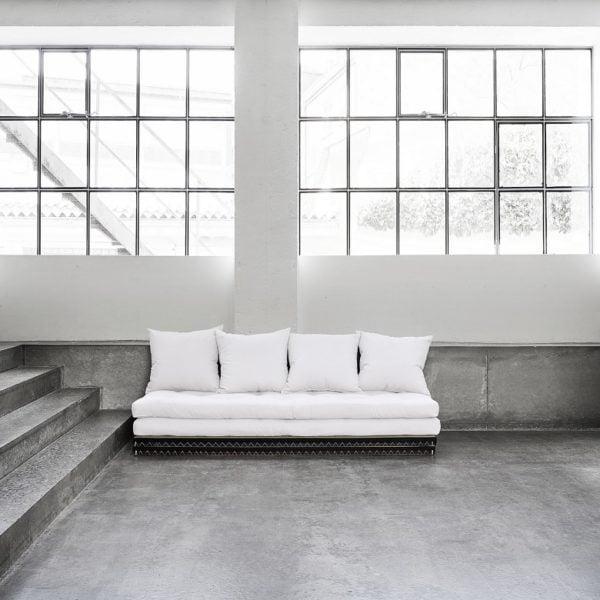 Chico futonbäddsoffa från Danska Karup Design